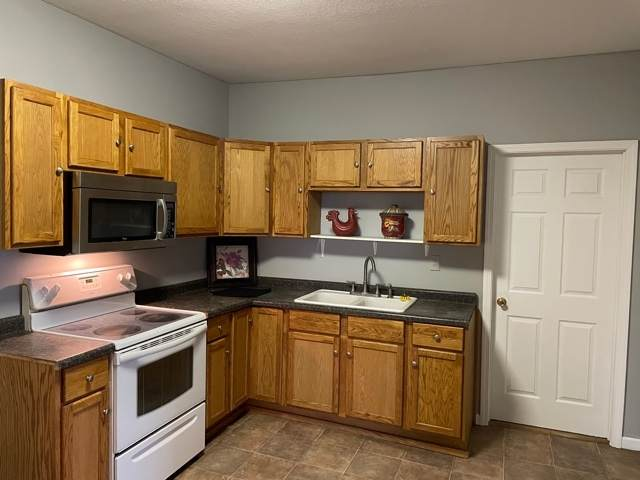 33 E 8th Street, Peru, IN 46970 (MLS #202111597) :: The Romanski Group - Keller Williams Realty