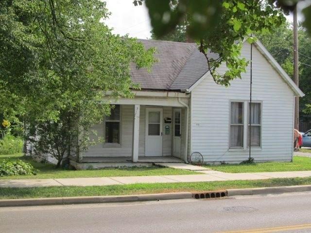 715 Kirkwood Avenue - Photo 1