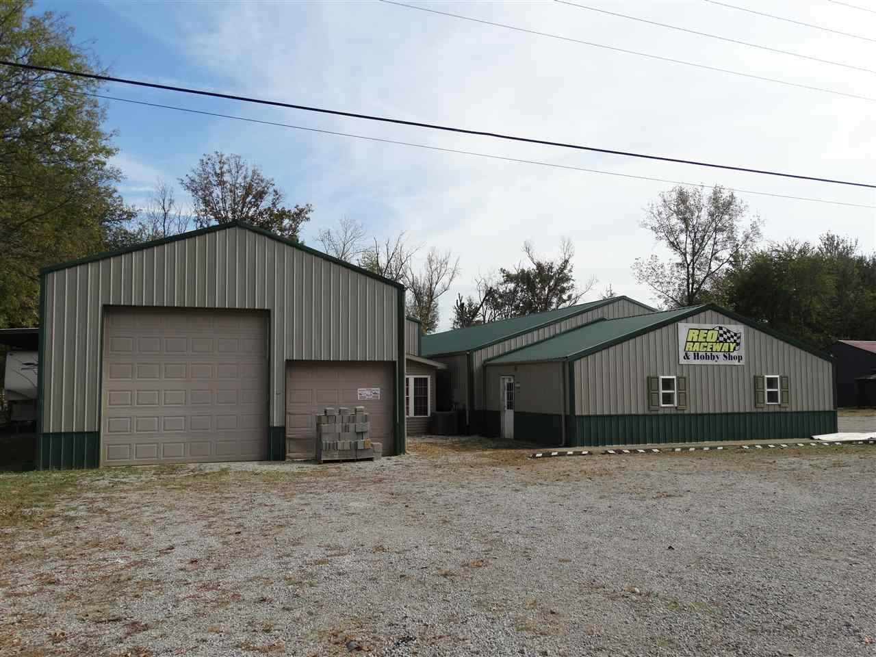 1515 State Road 161 - Photo 1