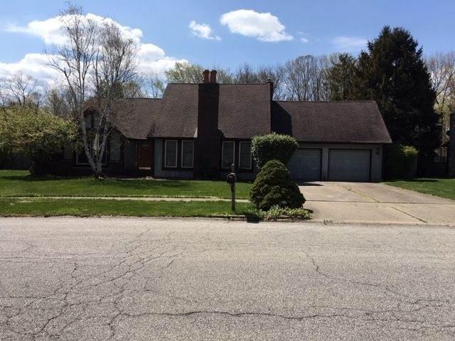 1536 Tanglewood Drive, Lafayette, IN 47905 (MLS #202113813) :: The Romanski Group - Keller Williams Realty