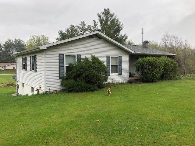 65 Reed Lane, Rochester, IN 46975 (MLS #202114859) :: Parker Team