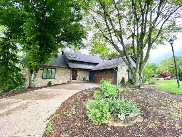 9444 S Harbour Pointe Drive, Bloomington, IN 47401 (MLS #202115965) :: Aimee Ness Realty Group