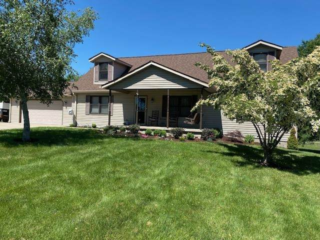4250 Ellington Court, Spencer, IN 47460 (MLS #202123276) :: Aimee Ness Realty Group