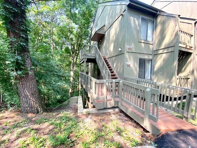 9018 S Pointe Ridge Lane #10, Bloomington, IN 47401 (MLS #202128841) :: Aimee Ness Realty Group