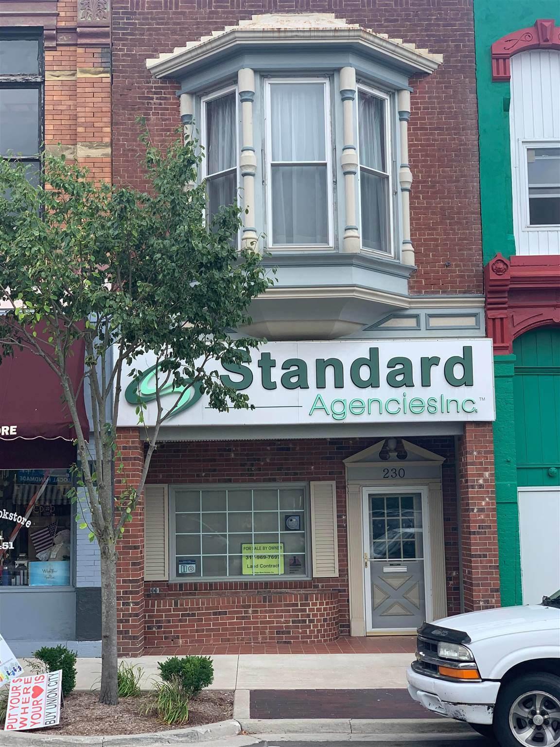 230 Columbia Street - Photo 1