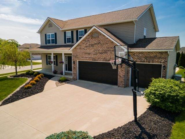 5220 Rotaliano Court, Fort Wayne, IN 46845 (MLS #202131112) :: The ORR Home Selling Team