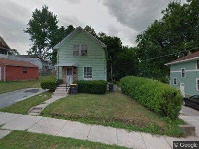 1822 Tecumseh Street - Photo 1