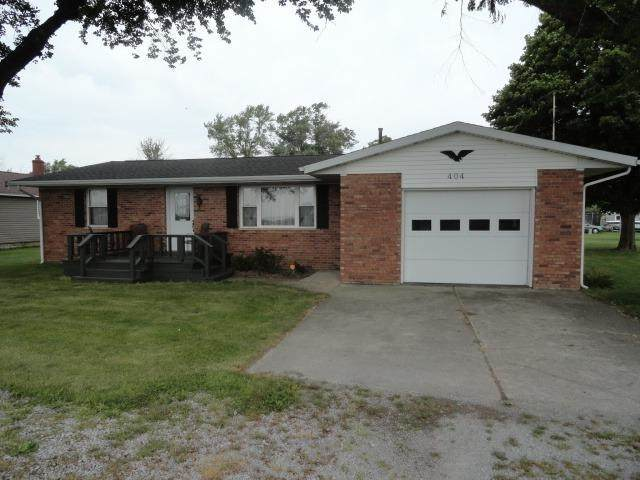 404 W Harrison Street, Remington, IN 47977 (MLS #202138852) :: The Romanski Group - Keller Williams Realty
