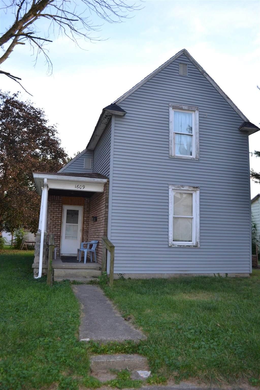 1609 Virginia Street - Photo 1
