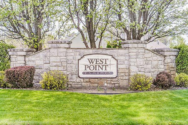 26876 Mcarthur Court, South Bend, IN 46628 (MLS #201714775) :: RE/MAX Legacy