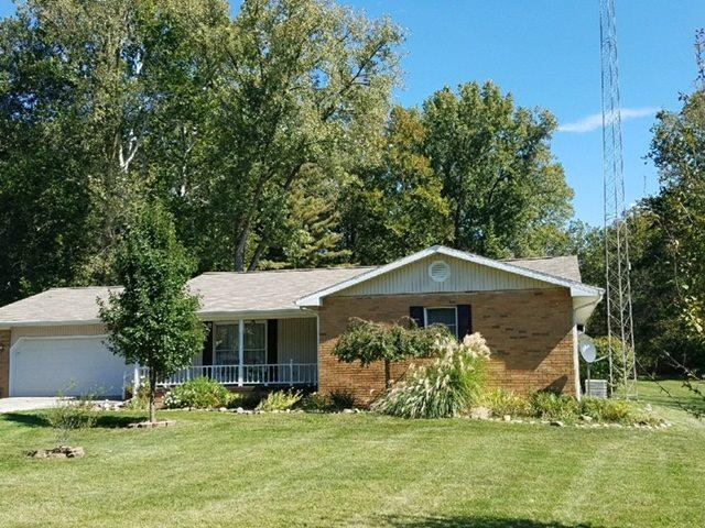 1863 S Lakeview Estates, Wabash, IN 46992 (MLS #201740135) :: The ORR Home Selling Team