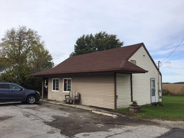 515 W Columbia, Flora, IN 46929 (MLS #201740785) :: The Romanski Group - Keller Williams Realty