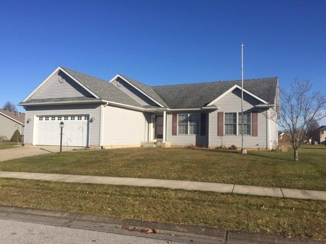 51112 Old Cottage Drive, Granger, IN 46530 (MLS #201902289) :: The ORR Home Selling Team