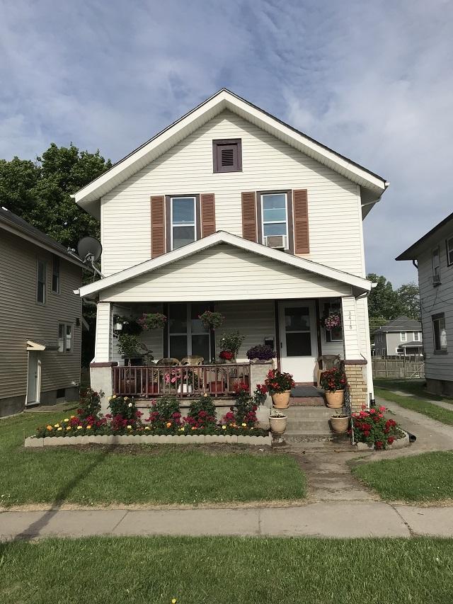 3418 S Calhoun Street, Fort Wayne, IN 46807 (MLS #201923615) :: Parker Team