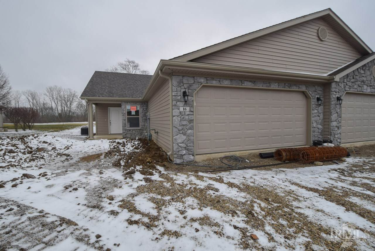 16 Clubview Drive - Photo 1