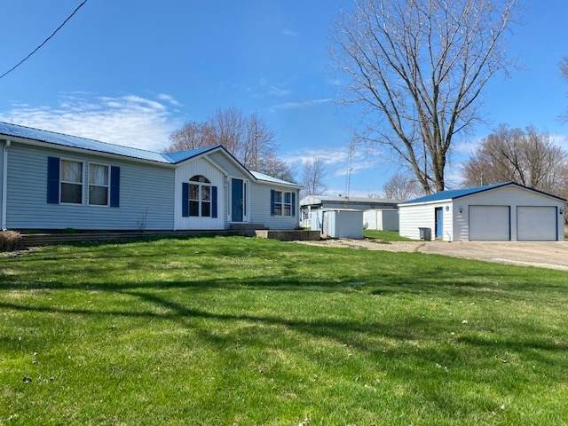 5933 S West Channel Road N/A, Warsaw, IN 46580 (MLS #201952565) :: The ORR Home Selling Team