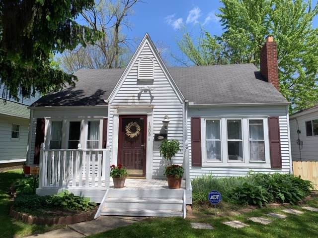 1305 Cedar Street, South Bend, IN 46617 (MLS #202018400) :: Hoosier Heartland Team | RE/MAX Crossroads