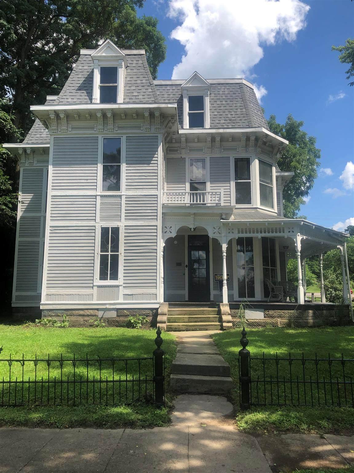407 Brady Street - Photo 1