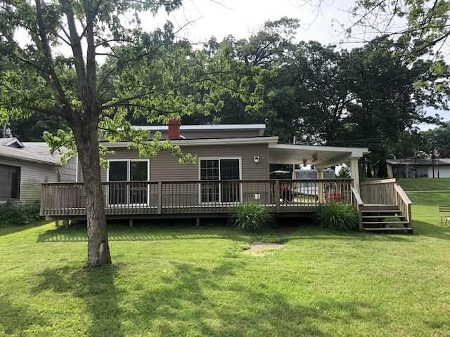 8913 N Shepards Park Court, Monticello, IN 47960 (MLS #202045021) :: The Dauby Team