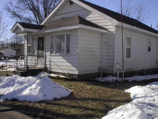 1021 Buntin Street, Vincennes, IN 47591 (MLS #202104797) :: Aimee Ness Realty Group
