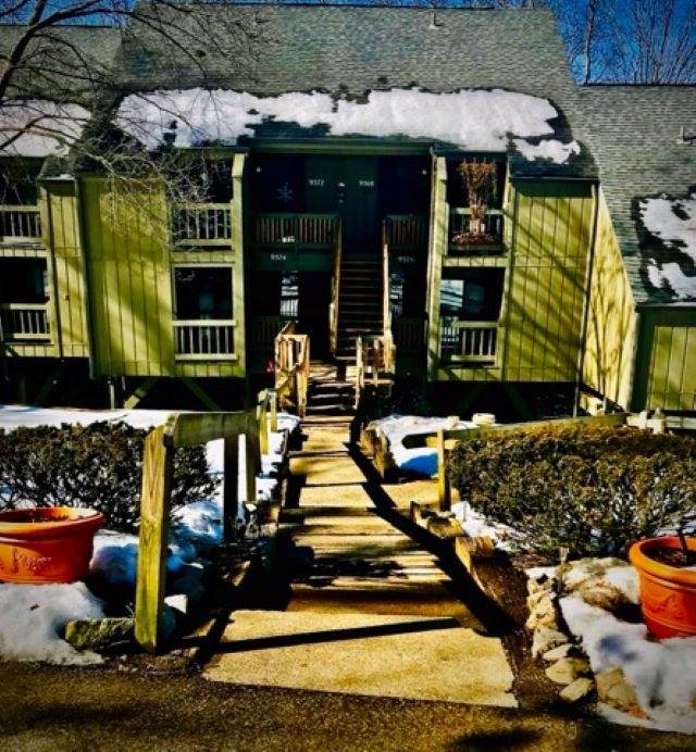 9370 S Lake Ridge Drive # 83, Bloomington, IN 47401 (MLS #202105493) :: Aimee Ness Realty Group