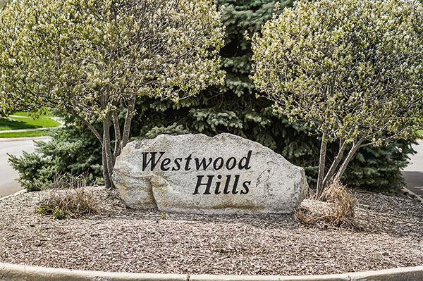 26050 Westwood Hills Drive, South Bend, IN 46628 (MLS #510101) :: The ORR Home Selling Team