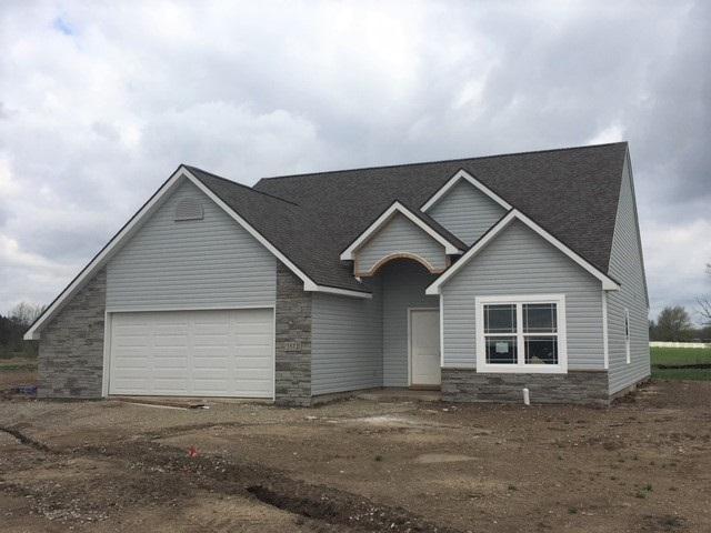 5572 Ursa Cove, Auburn, IN 46706 (MLS #201810871) :: The ORR Home Selling Team