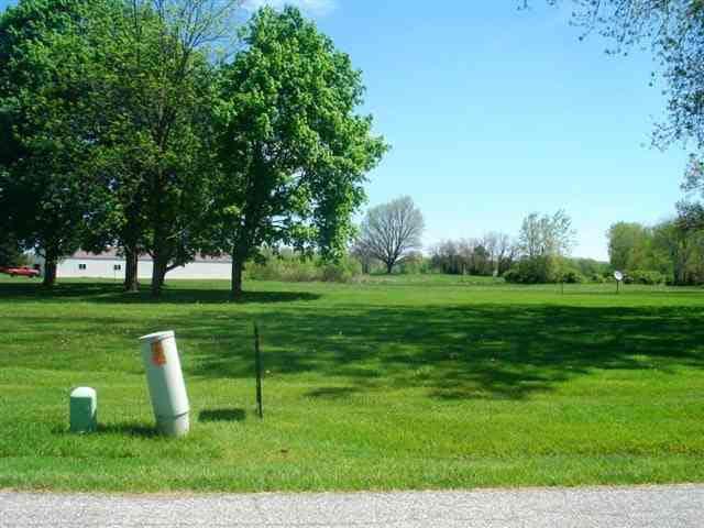 TBD E Cherokee Rd, Lot 35, Syracuse, IN 46567 (MLS #515780) :: Parker Team