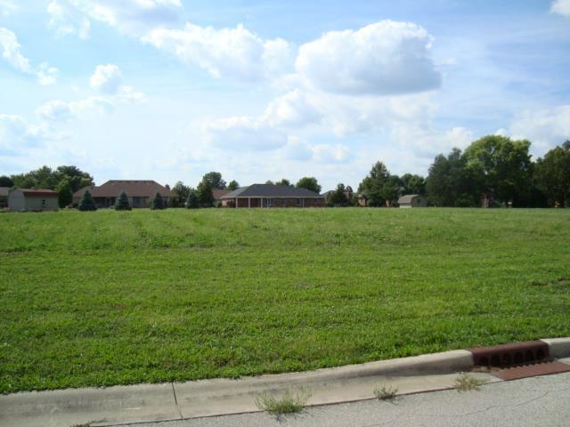320 Shamrock, Greentown, IN 46936 (MLS #201439139) :: Parker Team