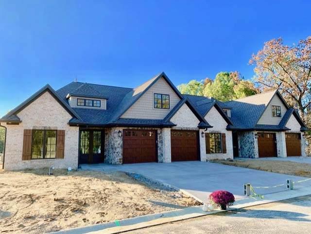 12422 Browning Manor Circle, Evansville, IN 47725 (MLS #201940692) :: The Dauby Team