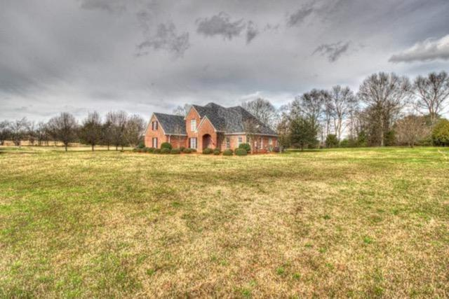 127 Northaven Dr, Clinton, MS 39213 (MLS #316653) :: RE/MAX Alliance