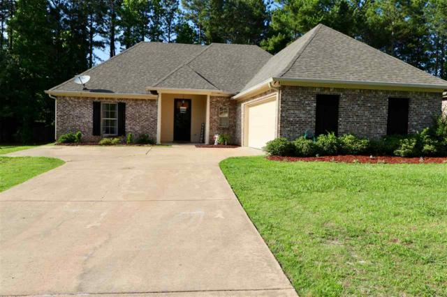 157 Notting Hill Pl, Canton, MS 39046 (MLS #320175) :: RE/MAX Alliance