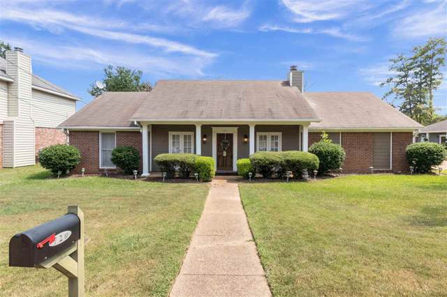 720 Glen Burne Ln, Ridgeland, MS 39157 (MLS #323923) :: RE/MAX Alliance