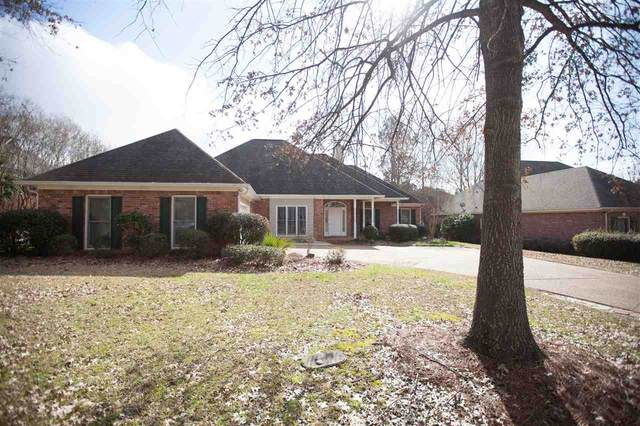 304 Hunters Crest, Ridgeland, MS 39157 (MLS #328016) :: List For Less MS