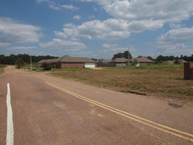 2 Quail Ridge Dr #2, Jackson, MS 39212 (MLS #328924) :: Mississippi United Realty