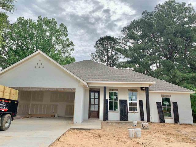 615 4TH AVE SW, Magee, MS 39111 (MLS #329949) :: RE/MAX Alliance