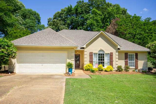 62 Moss Woods Dr, Madison, MS 39110 (MLS #330136) :: RE/MAX Alliance