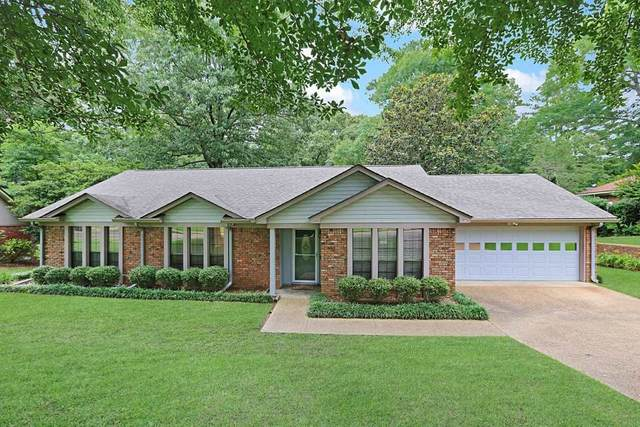 217 Winding Hills Dr, Clinton, MS 39056 (MLS #331035) :: RE/MAX Alliance