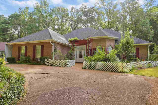 215 Dogwood Lake Dr, Vicksburg, MS 39183 (MLS #333499) :: Mississippi United Realty