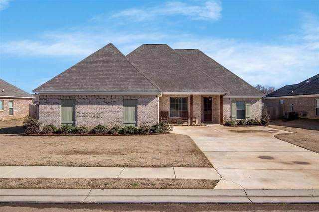 157 Western Ridge Cr, Canton, MS 39046 (MLS #337336) :: eXp Realty