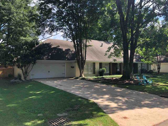 2324 East Manor Dr, Jackson, MS 39211 (MLS #342442) :: eXp Realty