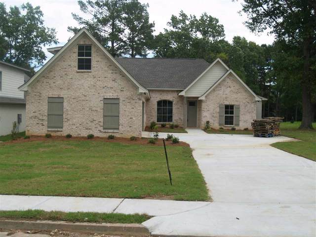 114 Pine Ridge Dr, Canton, MS 39046 (MLS #329972) :: Exit Southern Realty