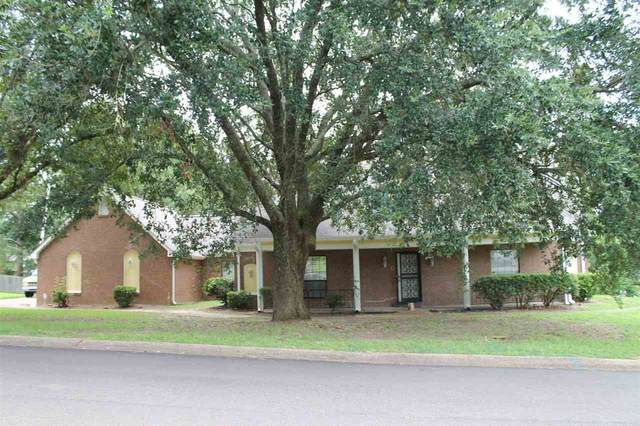 1303 Arlington St, Clinton, MS 39056 (MLS #332362) :: Exit Southern Realty