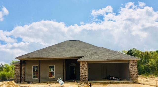 408 Bald Cypress Cv, Terry, MS 39170 (MLS #307117) :: RE/MAX Alliance