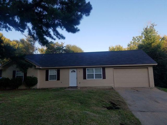 2482 Oak Grove Ln, Jackson, MS 39212 (MLS #313768) :: RE/MAX Alliance