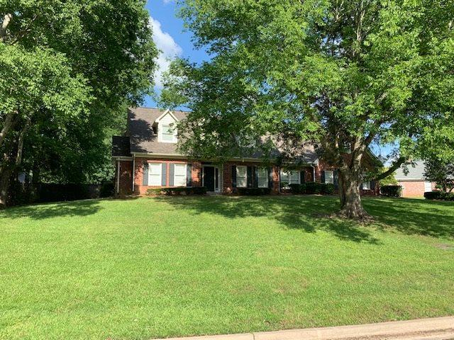 243 Forest Lake Dr, Madison, MS 39110 (MLS #320147) :: RE/MAX Alliance