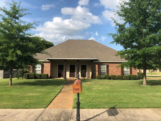 134 Providence Dr, Madison, MS 39110 (MLS #321300) :: RE/MAX Alliance