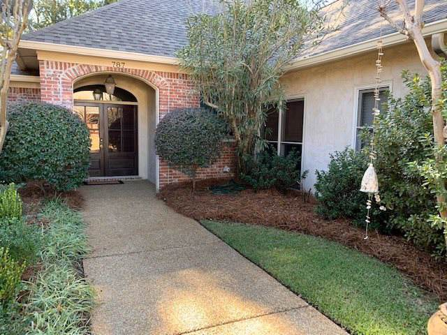 787 Versailles Dr, Ridgeland, MS 39157 (MLS #325736) :: RE/MAX Alliance