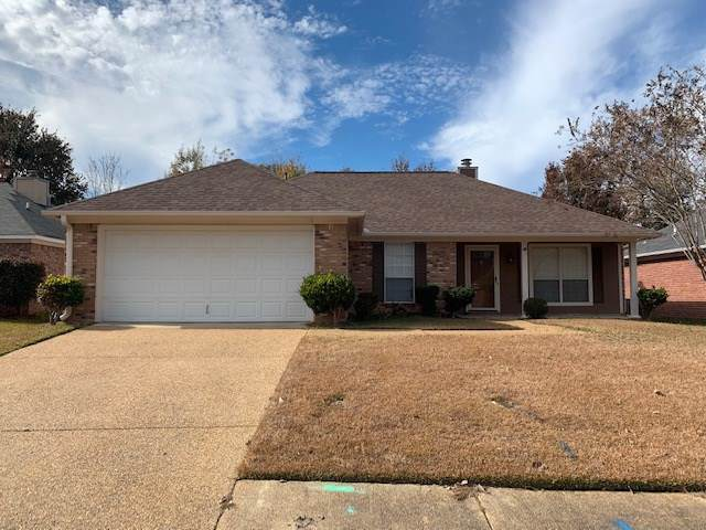586 Acorn Ln, Brandon, MS 39047 (MLS #325821) :: RE/MAX Alliance
