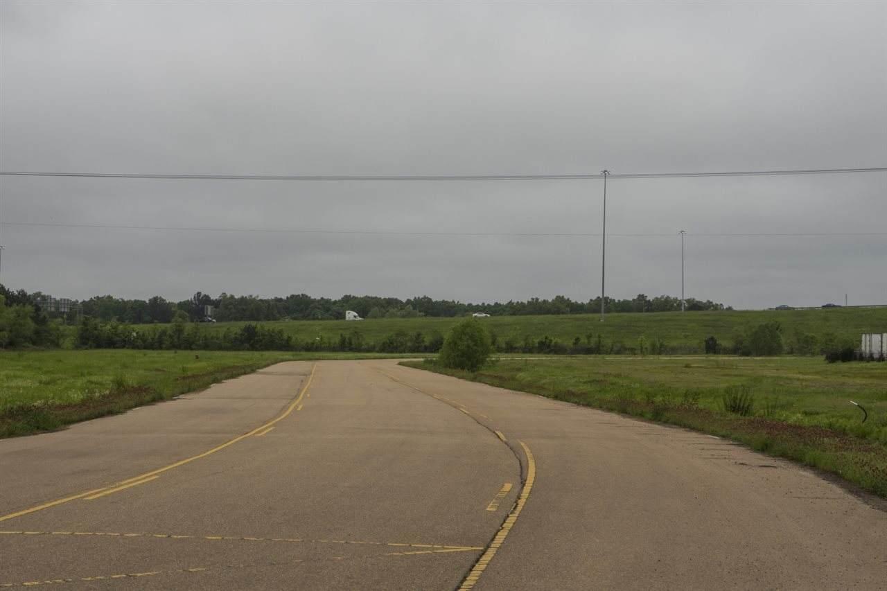 Lot 6 Legacy Park - Photo 1